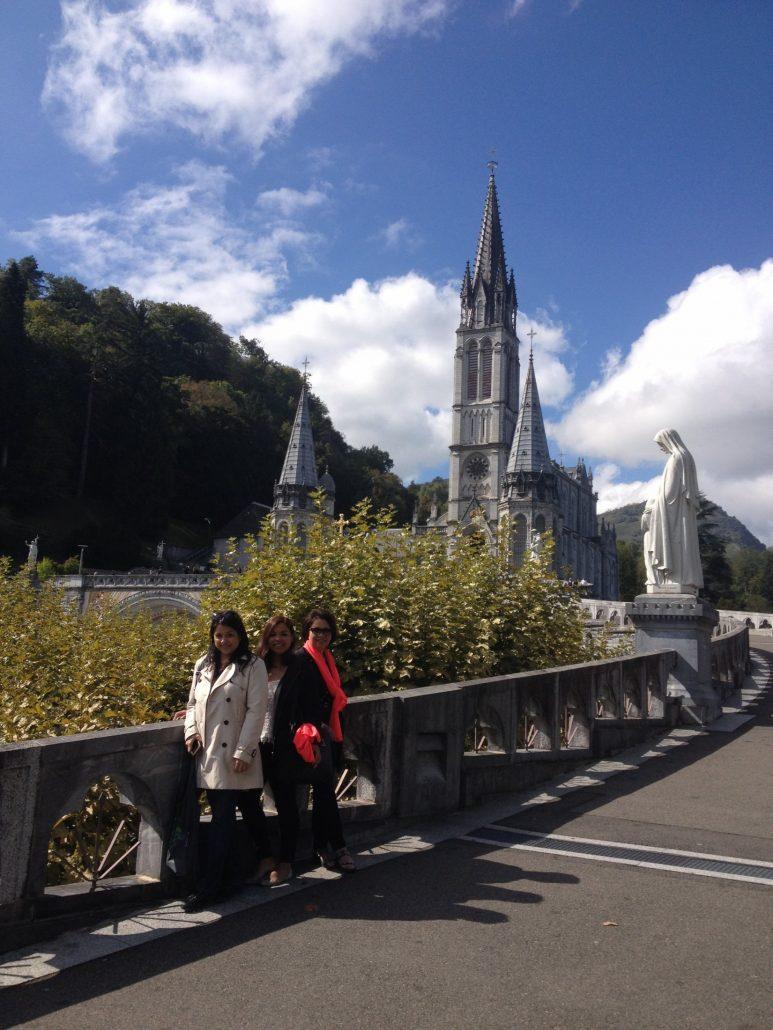 """""""Lourdes tour from San Sebastian"""""""